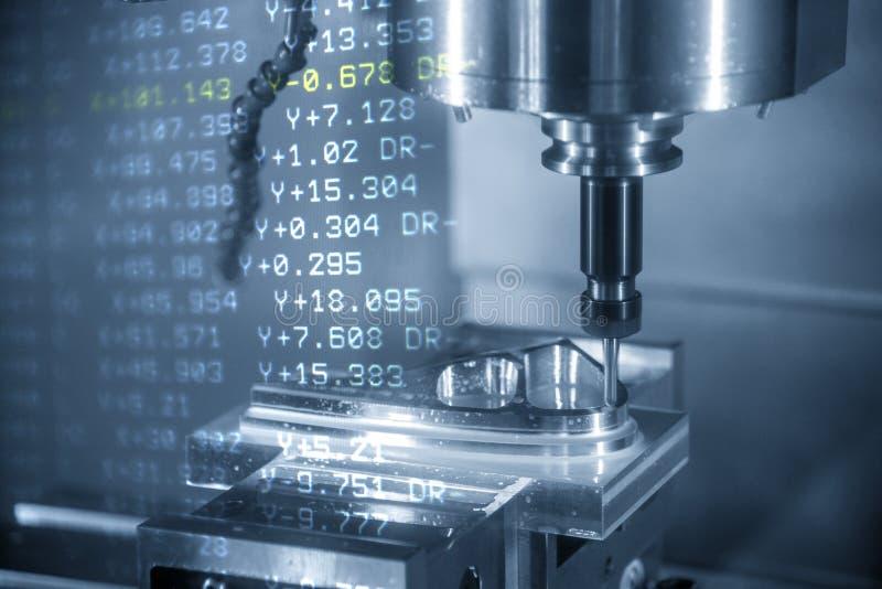 De abstracte sc?ne van CNC machinaal bewerkend centrum met 3 assen en g-Code de gegevens die het deel van de injectievorm snijden vector illustratie