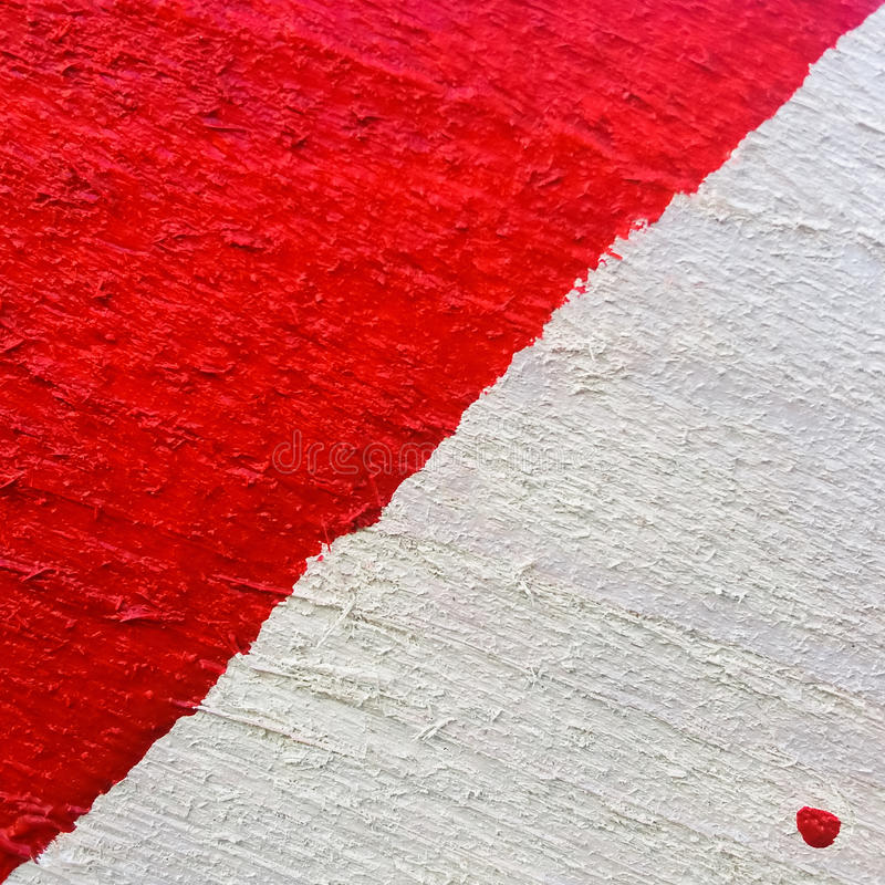 De achtergrond of de textuur van rood-wit schilderde houten raadsclose-up stock afbeelding