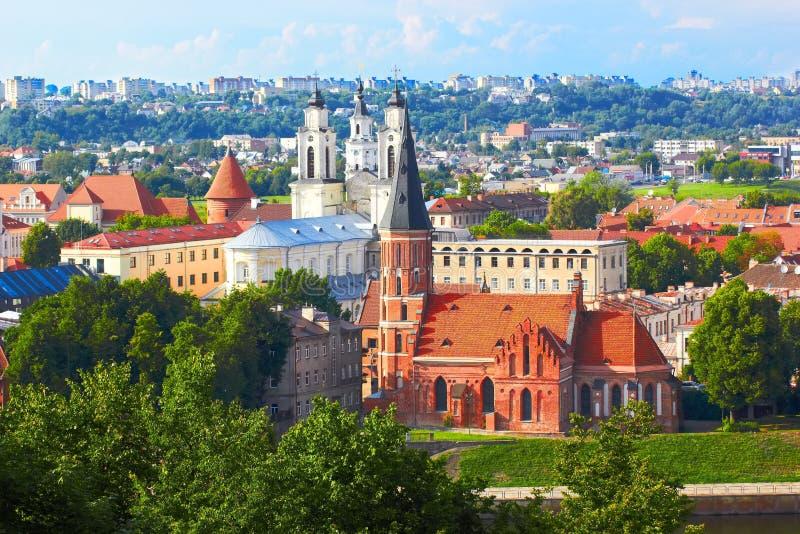 Panorama van Kaunas van Aleksotas heuvel, Litouwen royalty-vrije stock foto's