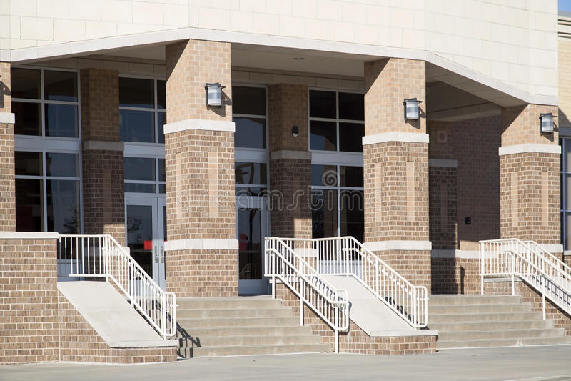 De achtergrond van de middelbare schoolingang royalty-vrije stock foto