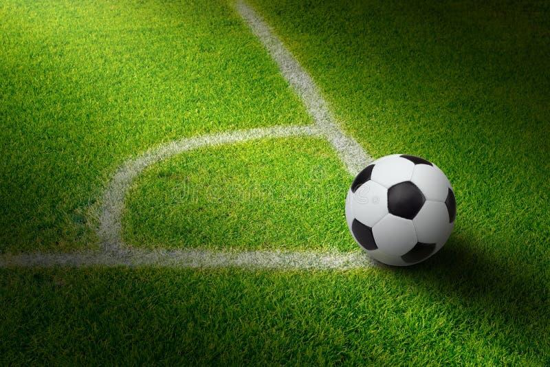 De bal van het voetbal, stadion stock foto's