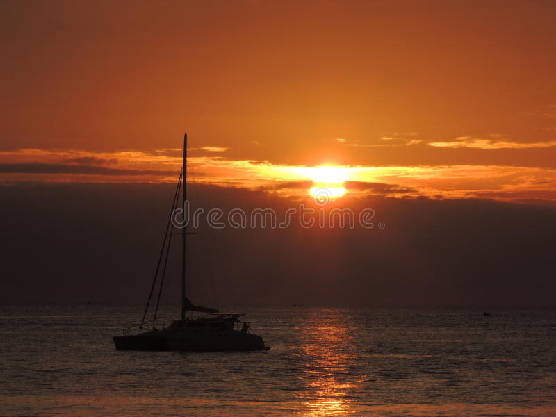 De achtergrond van de zonsondergang royalty-vrije stock afbeelding