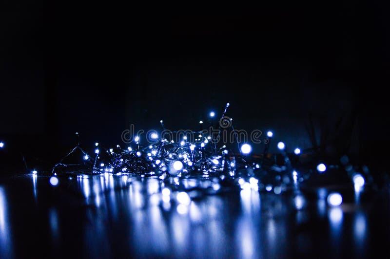 De achtergrond van Kerstmis Feestelijke elegante abstracte achtergrond met bokehlichten en sterren royalty-vrije stock fotografie