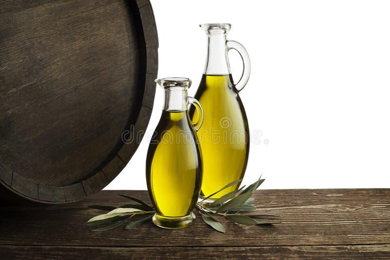 De achtergrond van de olijfoliefles royalty-vrije stock afbeeldingen