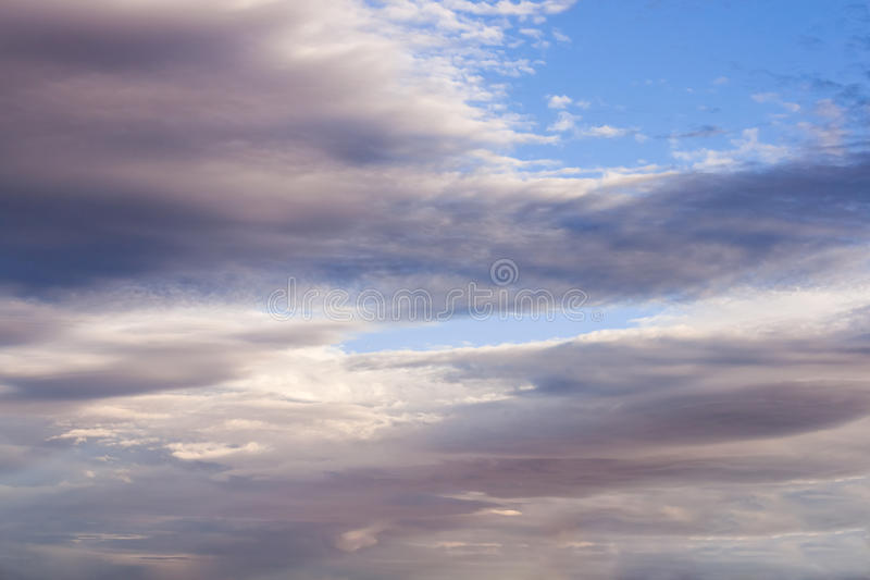 De achtergrond van wolken royalty-vrije stock afbeeldingen