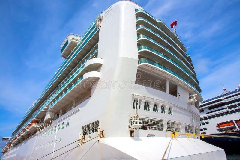 De achtersteven van een cruiseschip royalty-vrije stock afbeelding