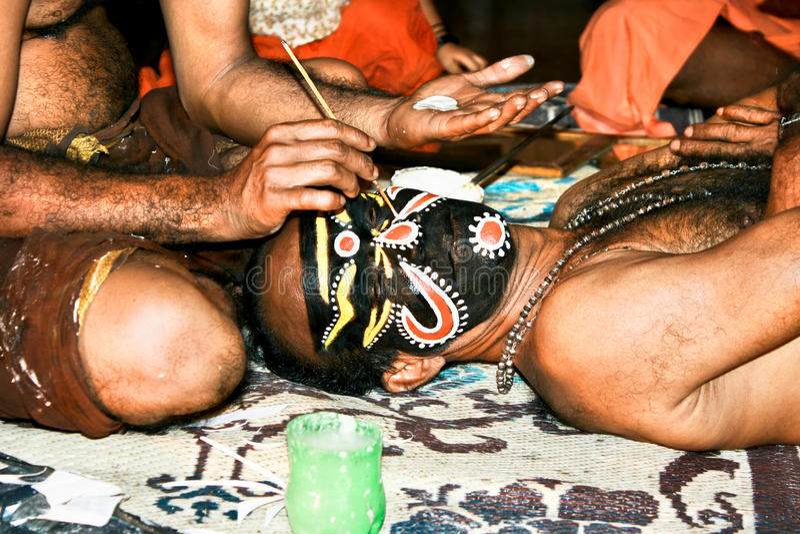 De acteurssamenstelling van Kathakali, India stock afbeeldingen