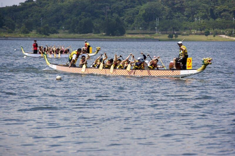 De Actie van het Ras van de Boot van de draak royalty-vrije stock afbeeldingen