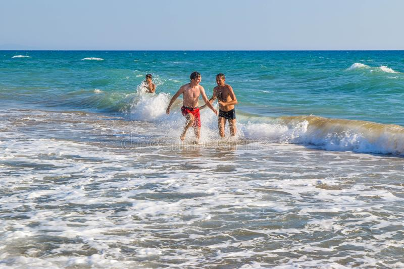 De actieve strandspelen royalty-vrije stock fotografie