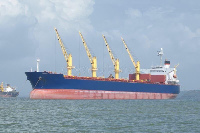 De activiteiten van de haven in Hamburg royalty-vrije stock foto's