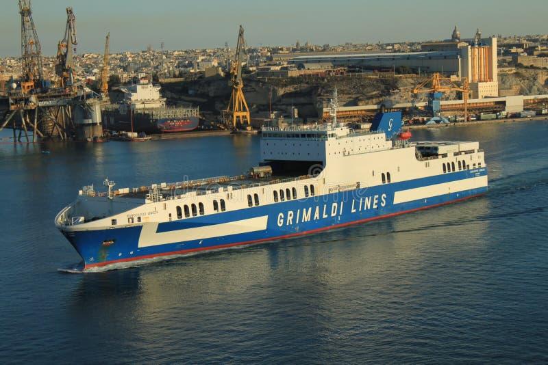 De activiteiten van de haven in Hamburg stock foto's
