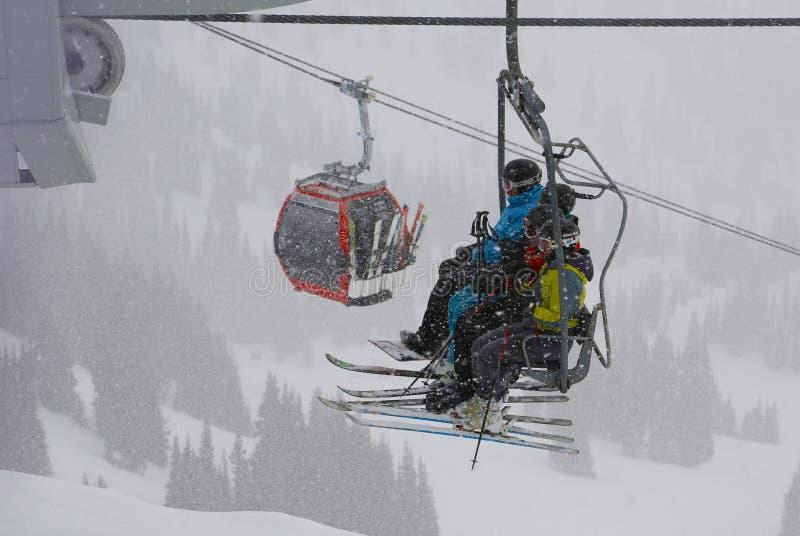 De activiteiten van de winter Crystal Mountain Ski Resort - Januari, 25 2013 stock foto's