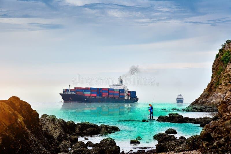 De activiteiten van de haven in Hamburg stock afbeelding