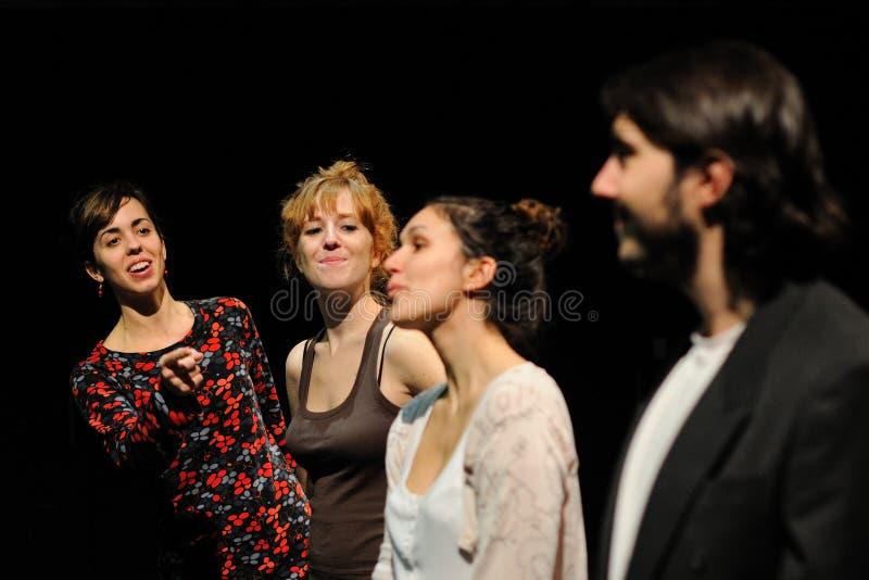 De actoren kleedden zich in pak, van het Theater van Barcelona royalty-vrije stock foto
