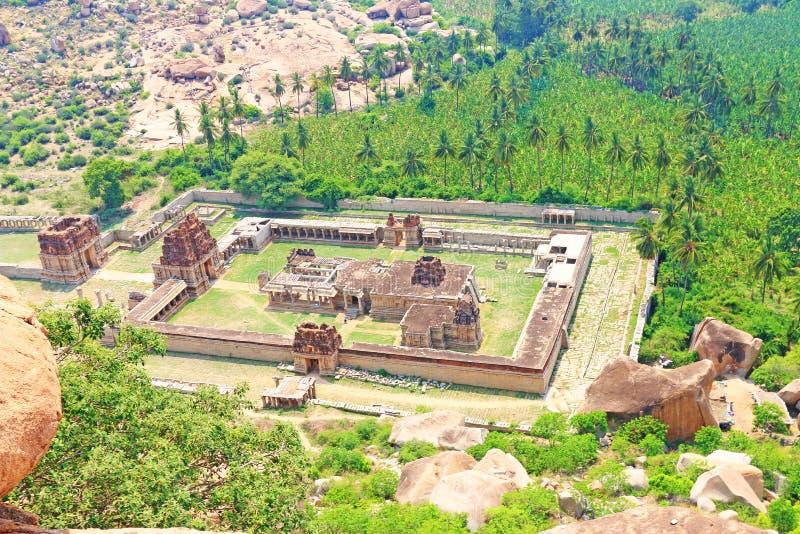 De adembenemende en reusachtige Hampi-van de de Werelderfenis van Unesco Plaats Karnatak stock fotografie