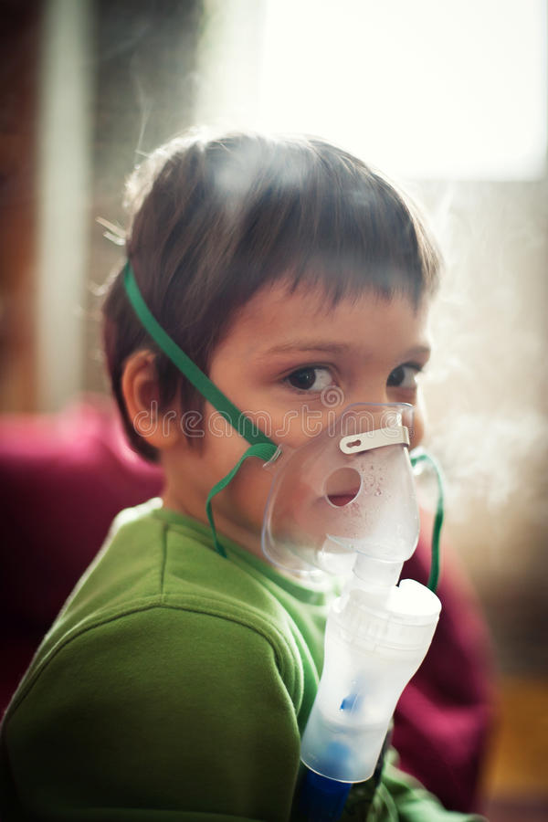 De ademhalingstherapie van Nebuliser stock foto's