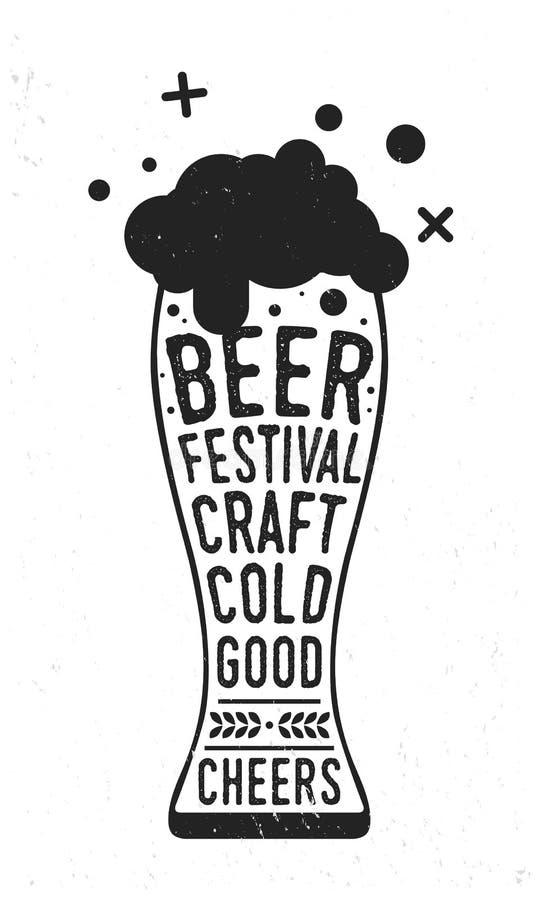 De affiche van het bierfestival Uitstekende affiche Het Glas van het Oktoberfestbier met van letters voorzien geïsoleerd op witte vector illustratie