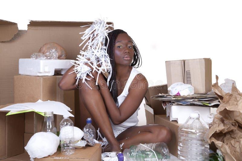 De Afrikaanse Amerikaanse Zitting van de Vrouw Kringloop stock afbeelding