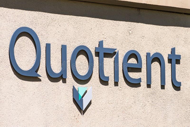 1 de agosto de 2019 Sunnyvale/CA/los E.E.U.U. - muestra de Quotient Limited QTNT en sus oficinas en Silicon Valley; El cociente a imagenes de archivo