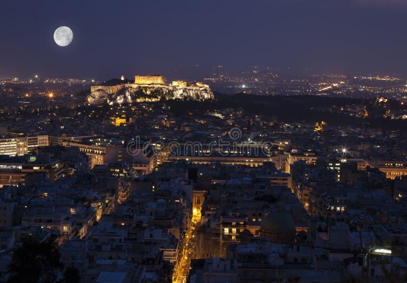 De Akropolis van Athene bij volle maan royalty-vrije stock foto