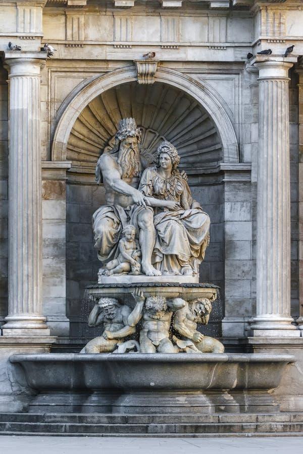De Allegorie van de Neobarochnyfontein van de Donau stock foto