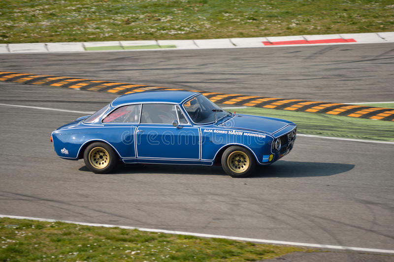 De alpha- test 2016 van Romeo Giulia GTA in Monza royalty-vrije stock fotografie