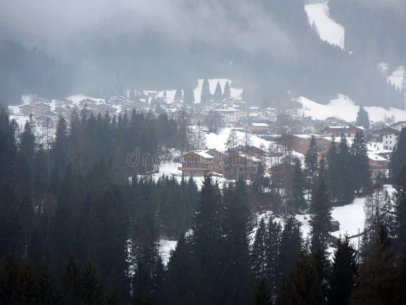 De alpiene winter stock foto's