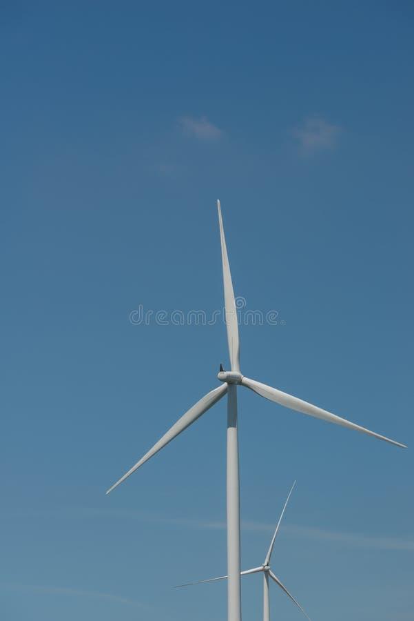 De alternatieve duurzame energie Thailand van de windturbine royalty-vrije stock afbeelding