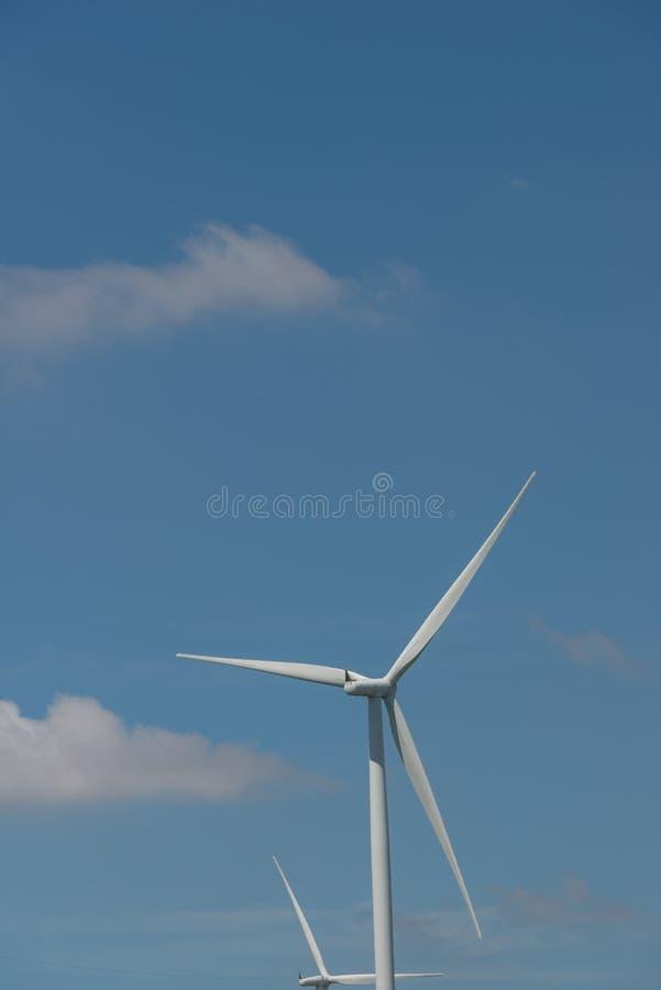 De alternatieve duurzame energie Thailand van de windturbine stock foto's