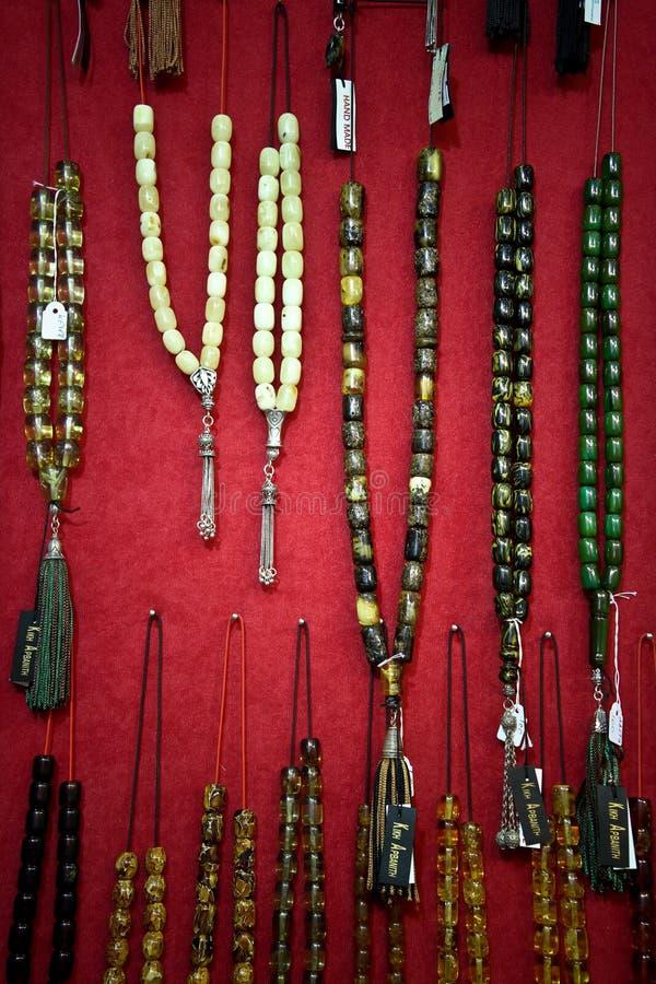 De amber halsbanden van de zorgparel royalty-vrije stock foto's