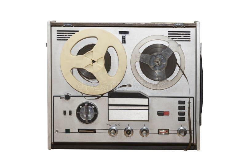 De analoge uitstekende stereospeler van het het dekregistreertoestel van de spoelband met metaaldiespoelen op witte achtergrond w stock afbeelding