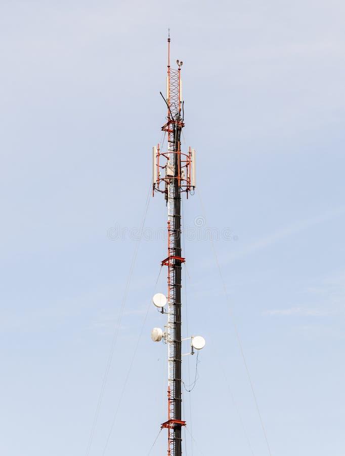 De antennetoren van de telefoon stock fotografie