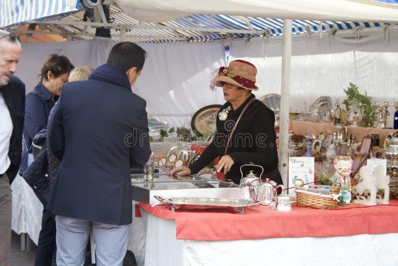De antieke markt van Nice royalty-vrije stock fotografie