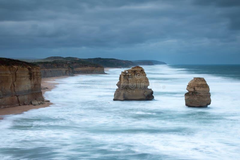 De 12 apostlarna och gibson momenten på den stora havvägen i vict arkivbilder