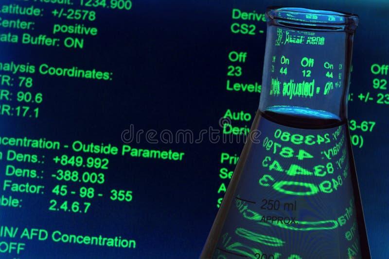 De Apparatuur van het glas in het Laboratorium van de Wetenschap royalty-vrije stock foto