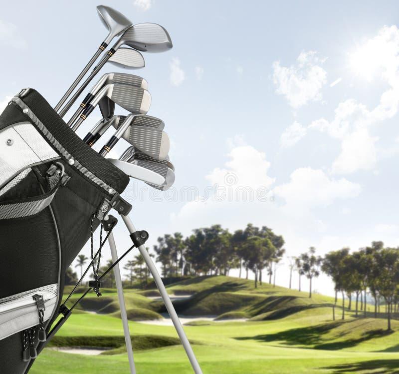 De apparatuur van het golf op de cursus stock afbeelding
