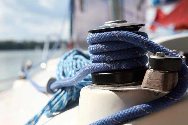 De apparatuur van Sailboater op jacht stock foto's