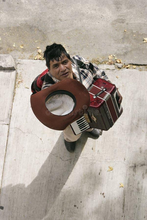 De arbeider van de straat stock foto