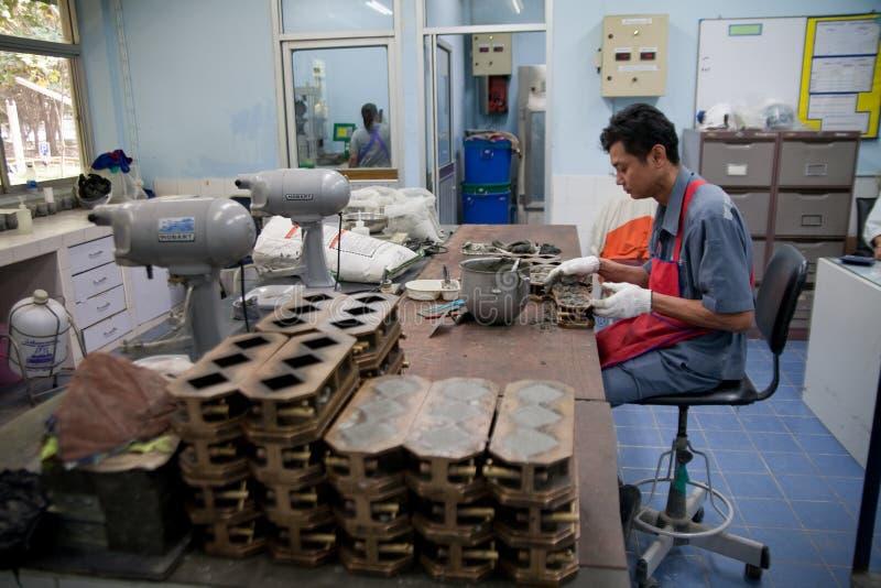 De arbeiders van de cementfabriek royalty-vrije stock fotografie