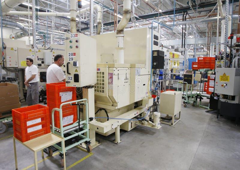De arbeiders van de fabriek royalty-vrije stock afbeelding