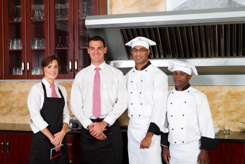 De arbeiders van het restaurant