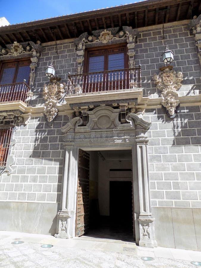 De architectuur van het Paleisnazari van La Madraza Granada-Andalusia stock afbeeldingen