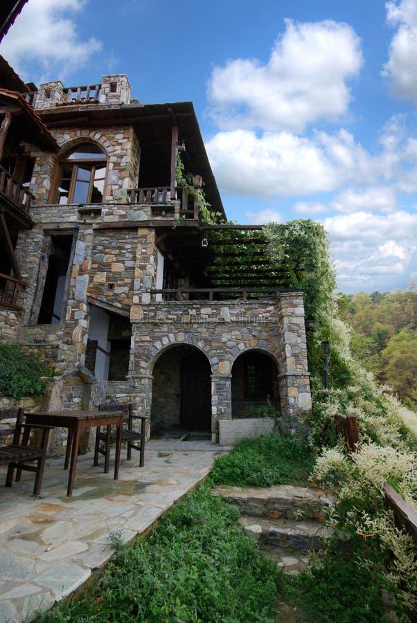 De architectuur van steengebouwen van Paleo Panteleimonas Griekenland stock foto's