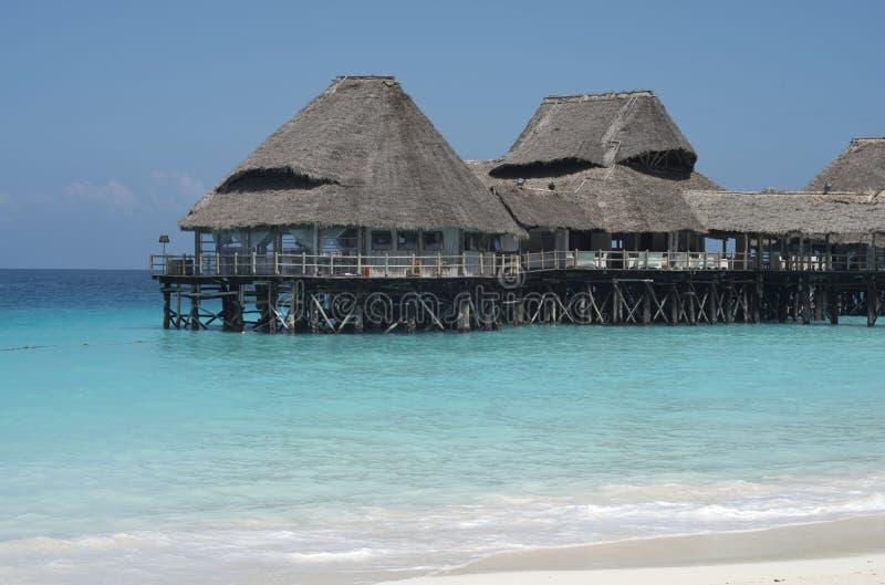 De architectuur van Zanzibar, houten buldings op water; stock afbeeldingen
