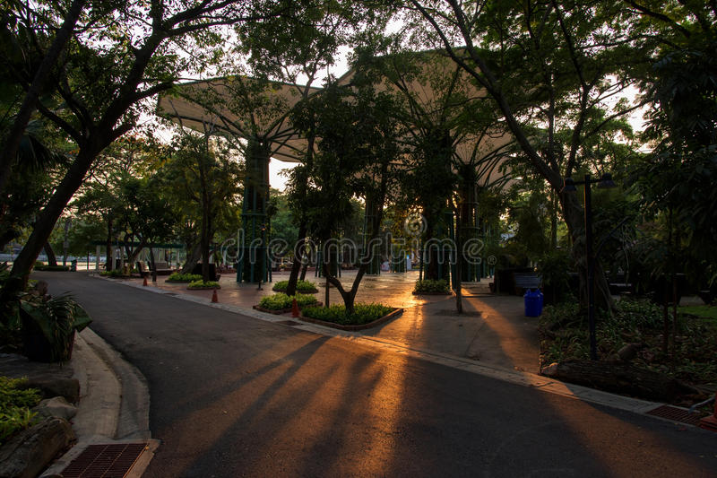 De architectuurlandschap van de Dusitdierentuin in Bangkok royalty-vrije stock afbeelding