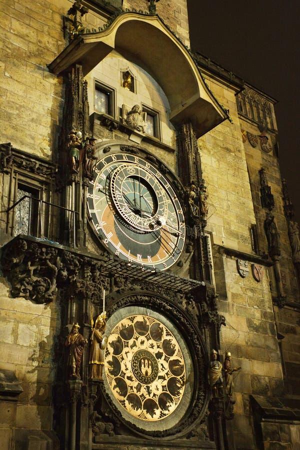 Download De Astronomische Klok Van Praag Stock Foto - Afbeelding bestaande uit nacht, building: 39103534