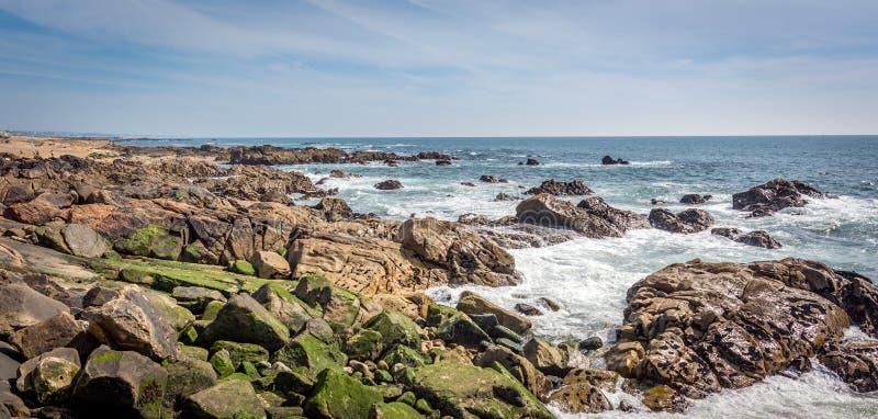 De Atlantische Oceaan in Porto, Portugal stock foto