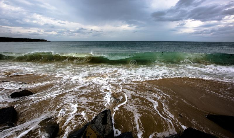 De Atlantische Oceaan vóór het onweer royalty-vrije stock afbeeldingen