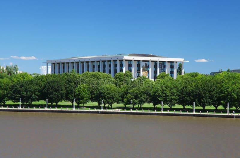 De Australische Nationale Bibliotheek in Canberra royalty-vrije stock fotografie