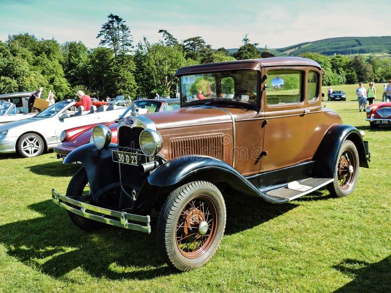 De auto-Show van het Marlaypark Ford, oud model stock afbeelding
